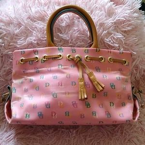 Vintage pink DB Dooney & Bourke tassel tote purse